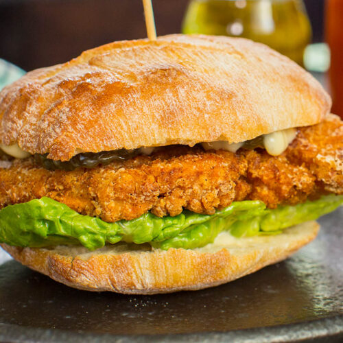 Picture of Southern fried chicken burgers